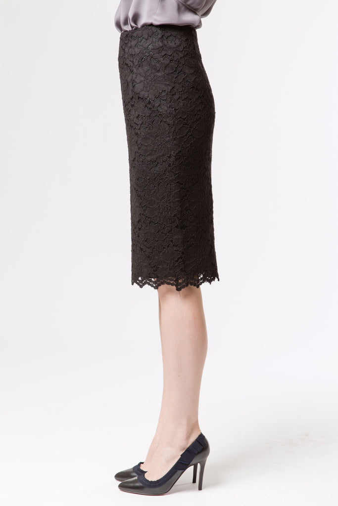 Classic Lace Pencil Skirt - Black
