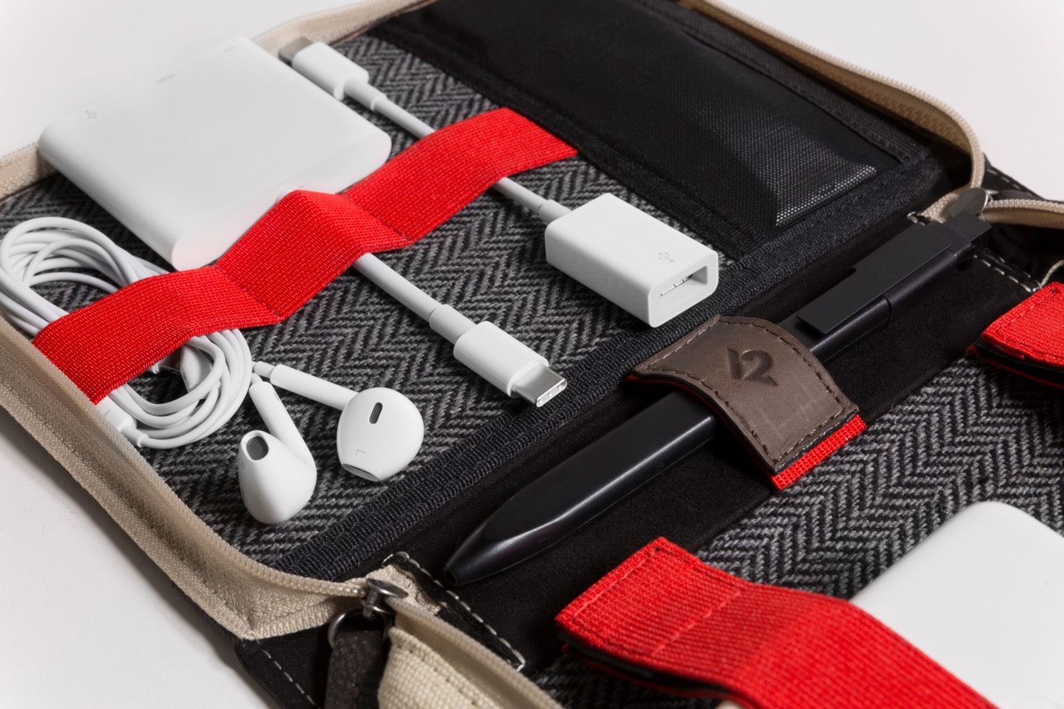 Twelve South BookBook CaddySackTravel Tote for Chargers Cables