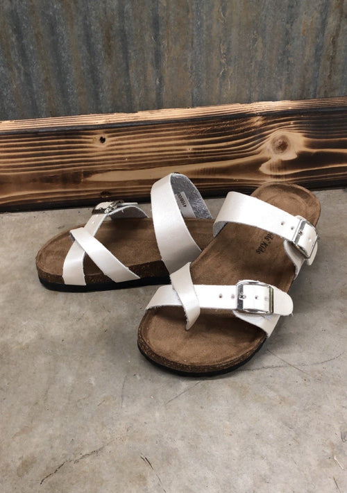 GIRLS Winter WHITE Type Criss Cross Sandal