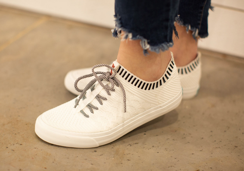 MAZAKI BLOWFISH SNEAKER