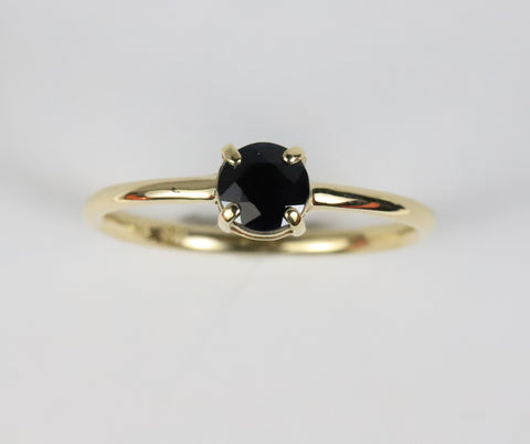 Fine flat-top ring, 7 diamonds