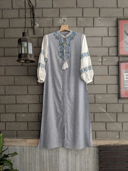 ROAM 190702 BLUE SLEEVE EMB  TUNIC