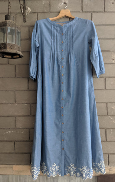 ROAM 192303 CHAMBRAY TUNIC DRESS