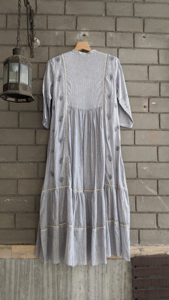 191602  EMBROIDEREDTUNIC DRESS