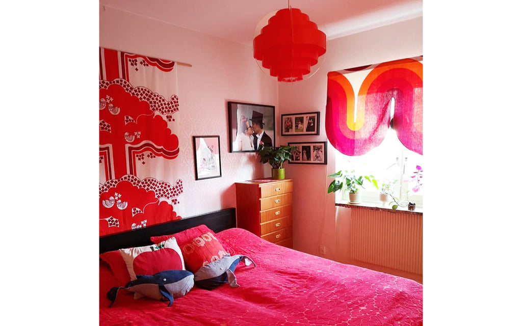 House Tour - Anna-Karin's fabulous 70s bedroom | The Inkabilly Blog