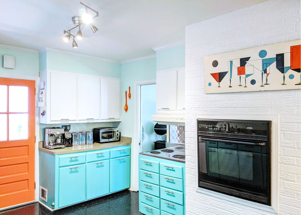 House Tour: Olivia's Atomic Ranch Revival - kitchen