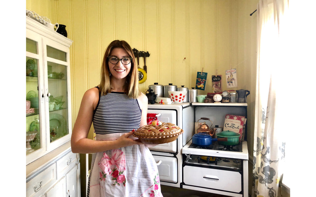 House Tour - Harmony in her vintage kitchen