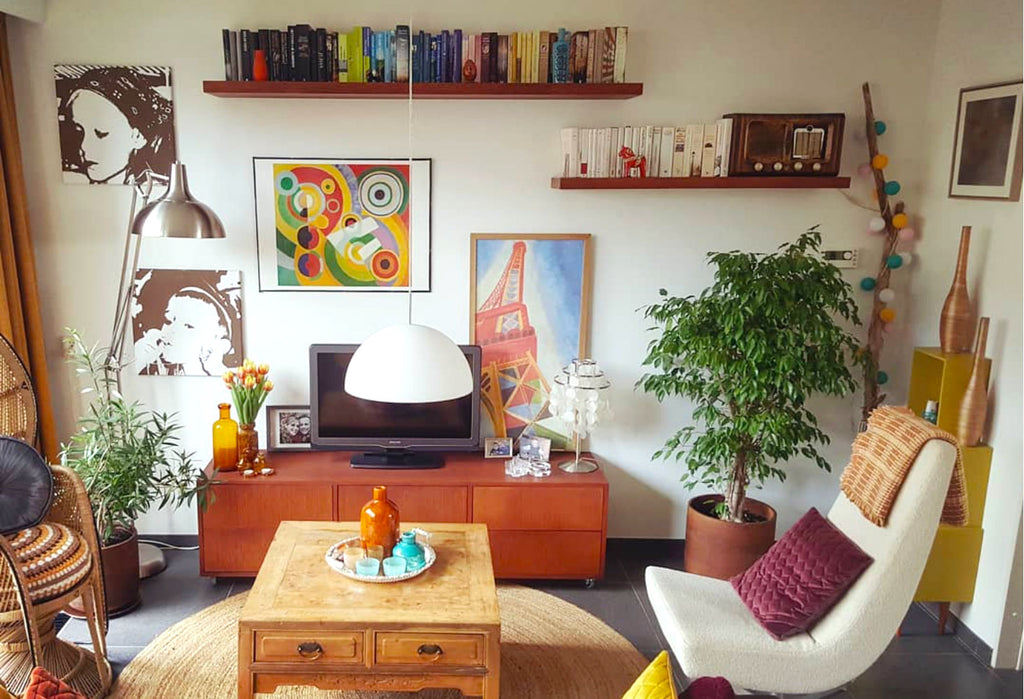 House Tour: Gwenn's Eclectic Vintage and Upcycled Home - lounge wide shot