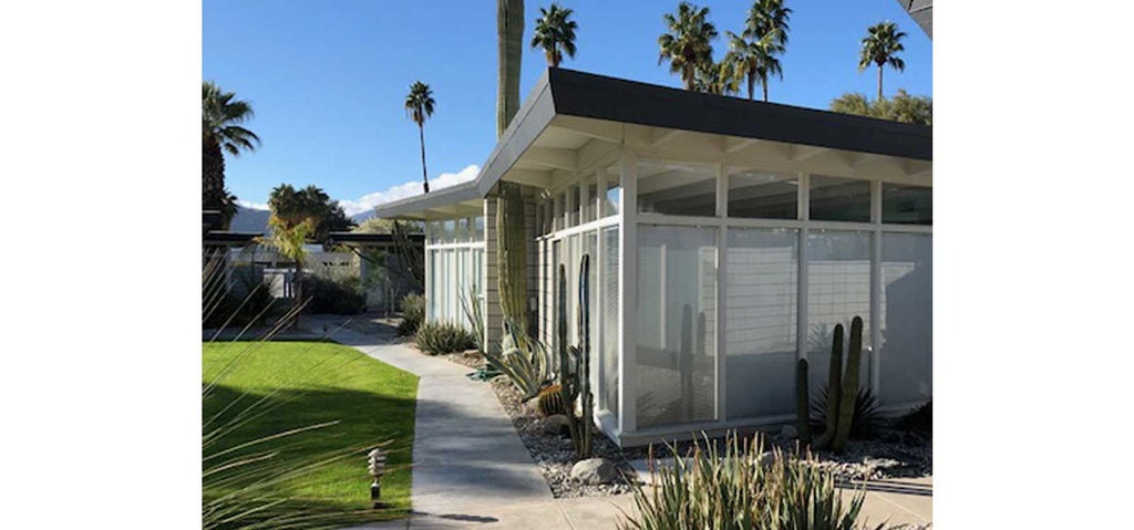 Palm Springs Mid Century condo exterior | The Inkabilly Blog