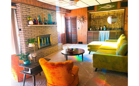 House Tour : Vanessa's Retro rainbow Chic Home