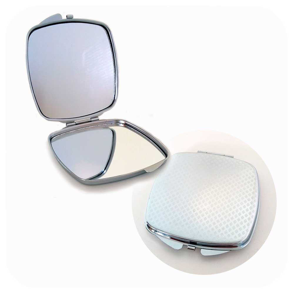 Clam shell compact mirror, with double mirror and engraved back  | The Inkabilly Emporium