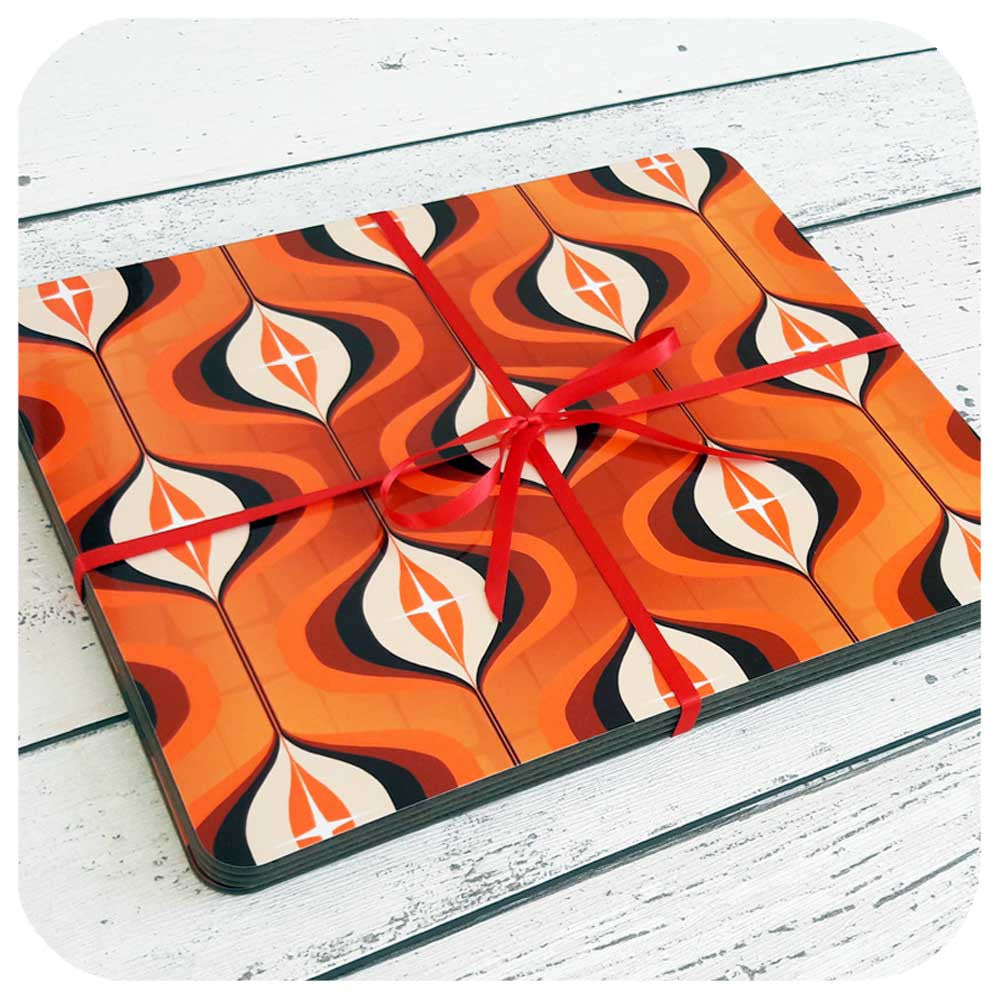 1970s Orange Op Art Placemats, set of four | The Inkabilly Emporium