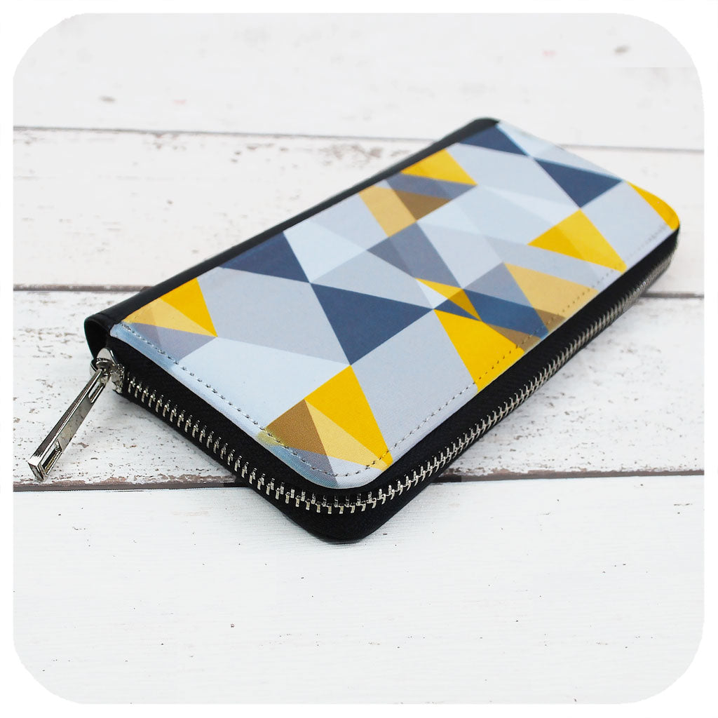 Scandi style Large Zip Around Purse | The Inkabilly Emporium