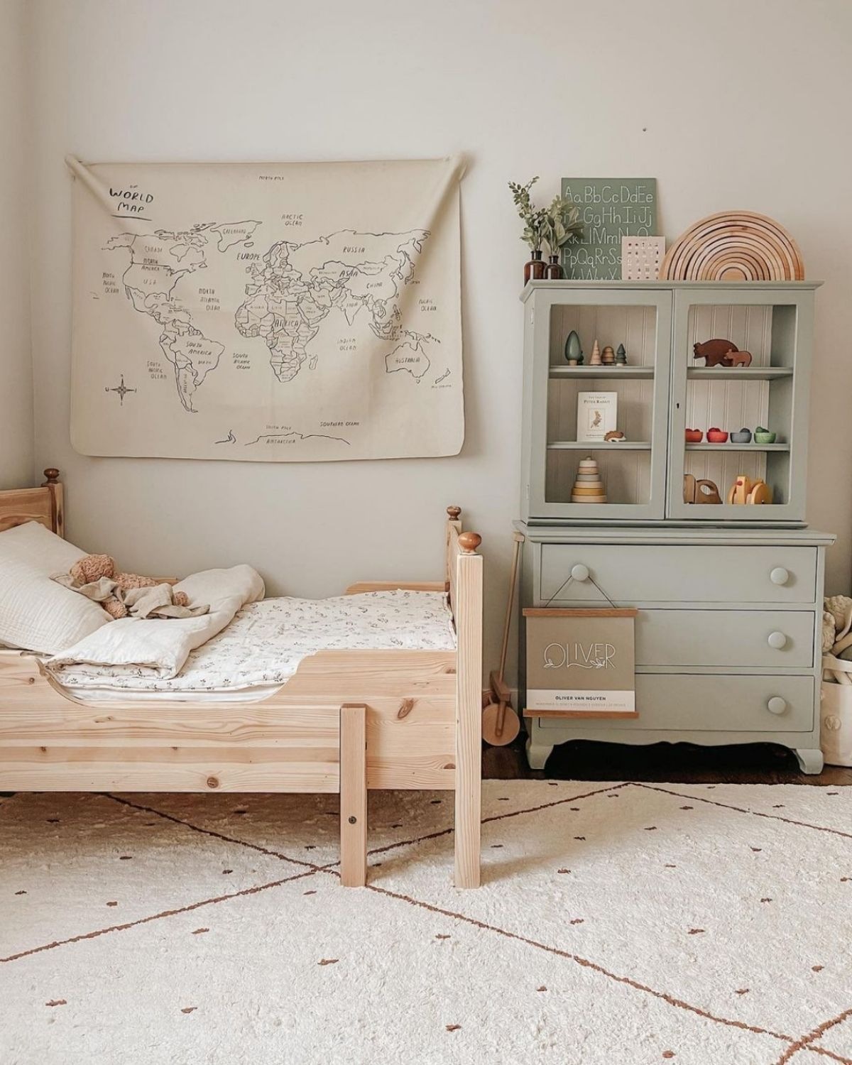 OLIVER'S ROOM by Nancy @__thenguyens - 1