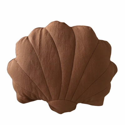 Shell cushion - brown