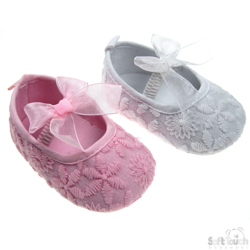 EMBROIDERED SHOES WITH ELASTIC STRAP & MATCHING ORGANZA BOW: B2104