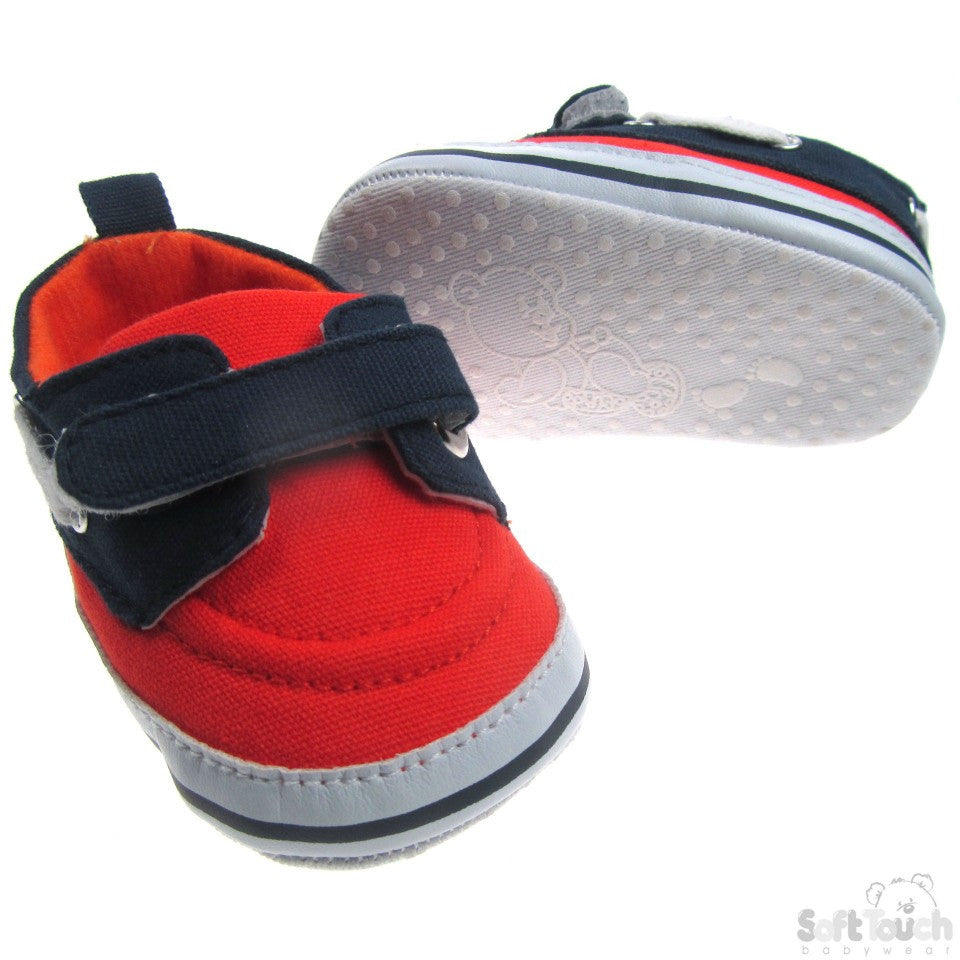 SHOES WITH VELCRO FASTENER : 3B2138
