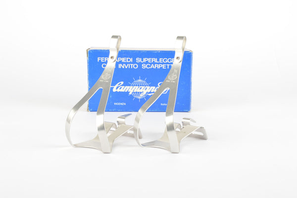 NOS/NIB Campagnolo Superleggeri Toe Clips #0990/06 in size medium with Toe Clip Guides, from the 1980s