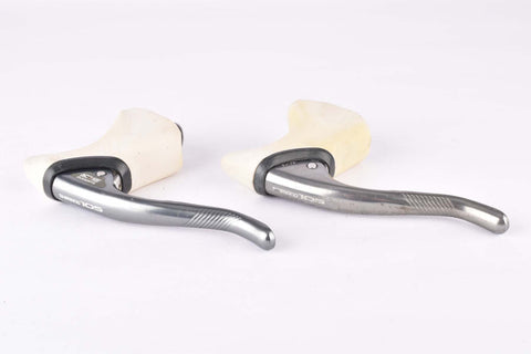Shimano 105 #BL-1051 aero brake lever set with white hoods from the 1988