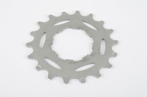 NEW Campagnolo Record #CS-8AL light alloy Sprocket with 18 teeth from the 1990s NOS
