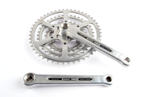 Spécialités TA Cyclotouriste triple Crankset with 28/38/48 teeth and 170 mm length from the 1960s - 80s