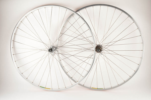 Wheelset with Mavic MA2 clincher rims and Shimano 105 #1050 #1051 hubs from 1980s