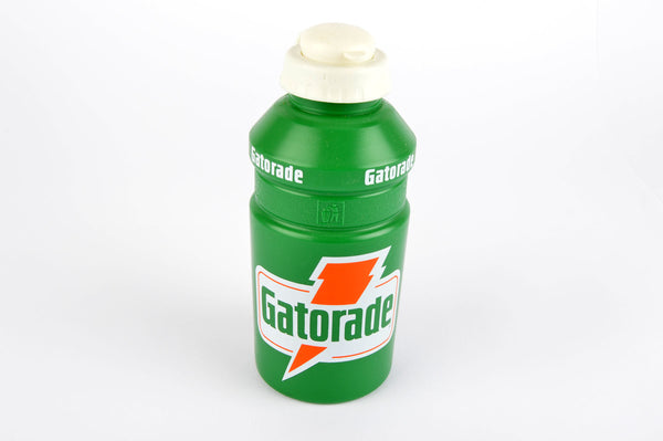 NEW Gatorade water bottle in green/white from the 1990s NOS