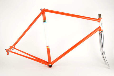 Diamant frame in 56 cm (c-t) / 54.5 cm (c-c) with Reynolds 531 tubes
