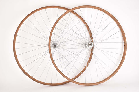 Wheelset with Wooden Tubular Rims and Campagnolo Cambio Corsa Fratteli Brivio Hubs
