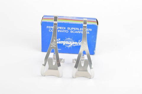 "NEW Campagnolo Superleggeri ""winged wheel logo"" toe clips in size Large from the 1980s NOS/NIB"
