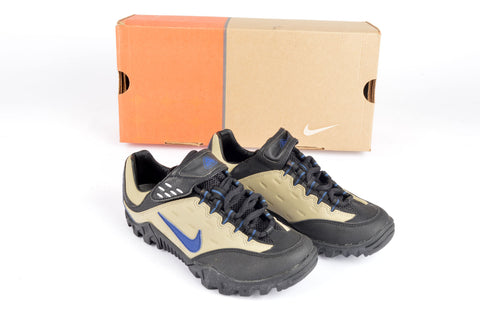 NEW Nike WMNS Kato ACG Cycle shoes in size 36.5 NOS/NIB