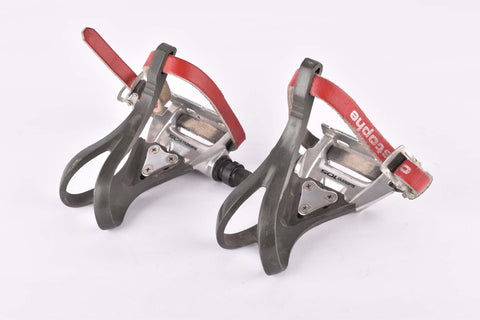 Shimano 105 #PD-1050 aero Pedal Set with toe clips and straps from the late 1980s