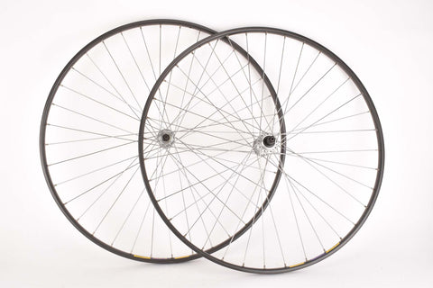 Mixed Wheelset with Mavic GP4 Tubular Rims and Shimano 105/600 Hubs