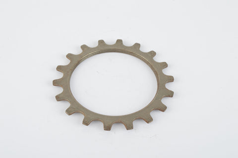 NOS Everest or Regina sprocket, threaded on inside, with 18 teeth