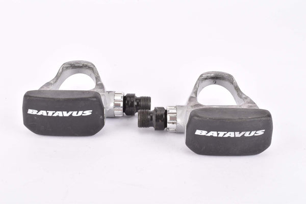Batavus labled Look E-1 clipless pedals