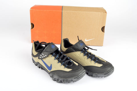 NEW Nike WMNS Kato ACG Cycle shoes in size 36 NOS/NIB