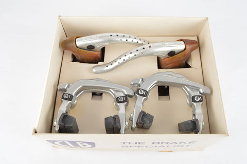 NOS/NIB CLB 1 Brake Set, CLB Brake Calipers and Professionnel Brake Levers, from the 1980s