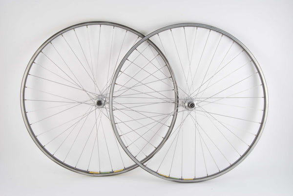 Wheel Set Mavic MA 40 clincher rims with Campagnolo 922/000 Triomphe hubs from 84-87