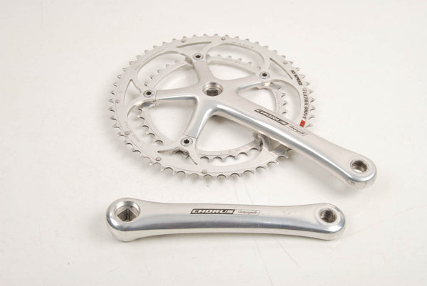 Campagnolo Chorus crankset with 39/59 teeth and 172,5mm length from the 90s