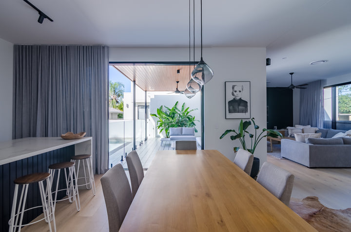 BROADBEACH - DINING ROOM