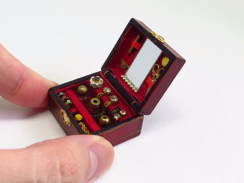 Miniature Heritage Box