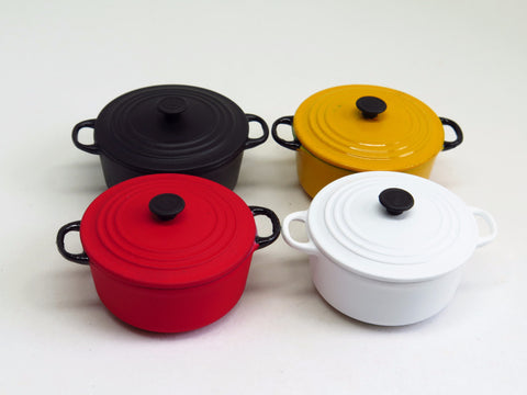 SALE! Miniature Round Dutch Oven pot (Large)