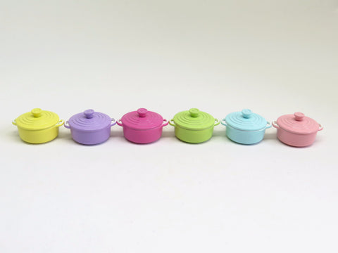 Miniature Le Creuset pot (Small)