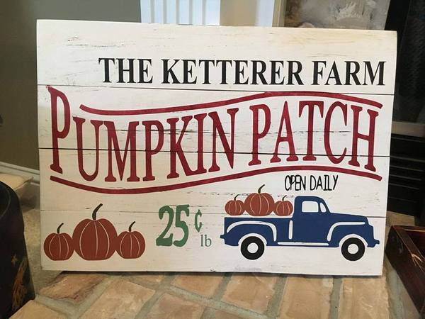 Family name pumpkin patch 14x20