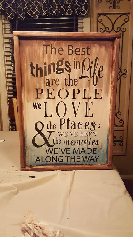 The best things in life are the people we love 14x20