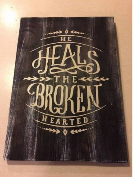 He heals the broken hearted 14x17
