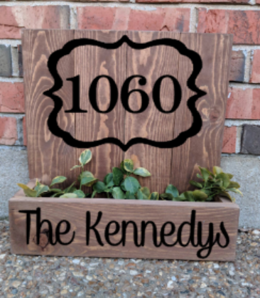 14x14 Planter Box - House number with family name