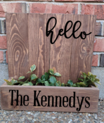 14x14 Planter Box - Hello with family name