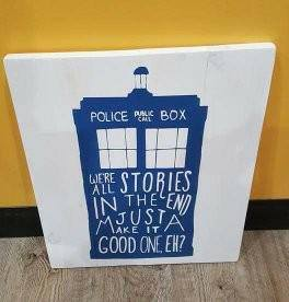 Police box Dr. Who 14x17