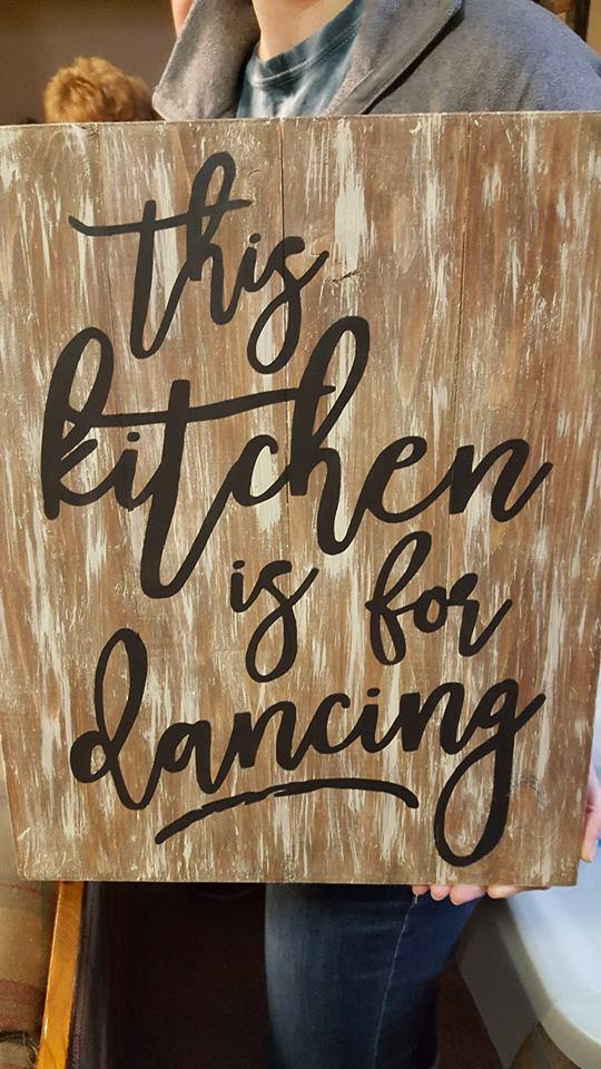 This kitchen is for dancing 10.5x14